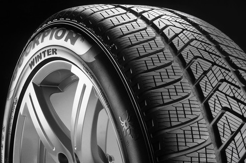 325/40R22 114V PIRELLI SCORPION WINTER (MO1)
